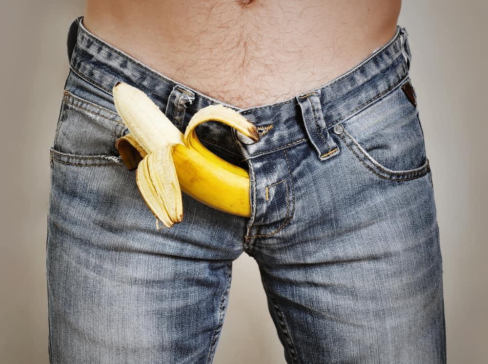 a pénisz folyamatosan feláll