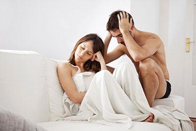 közösülés során a férfi erekciója csökken