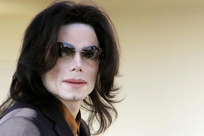 Michael Jacksonnak hány centiméteres pénisze volt?