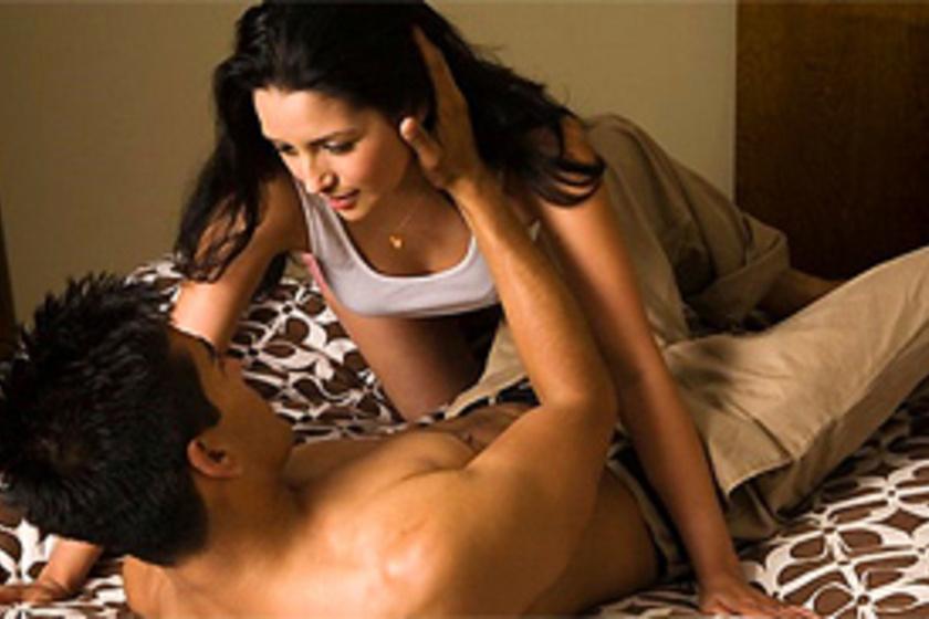 Orgazmusig visz a masszőr - Dívány